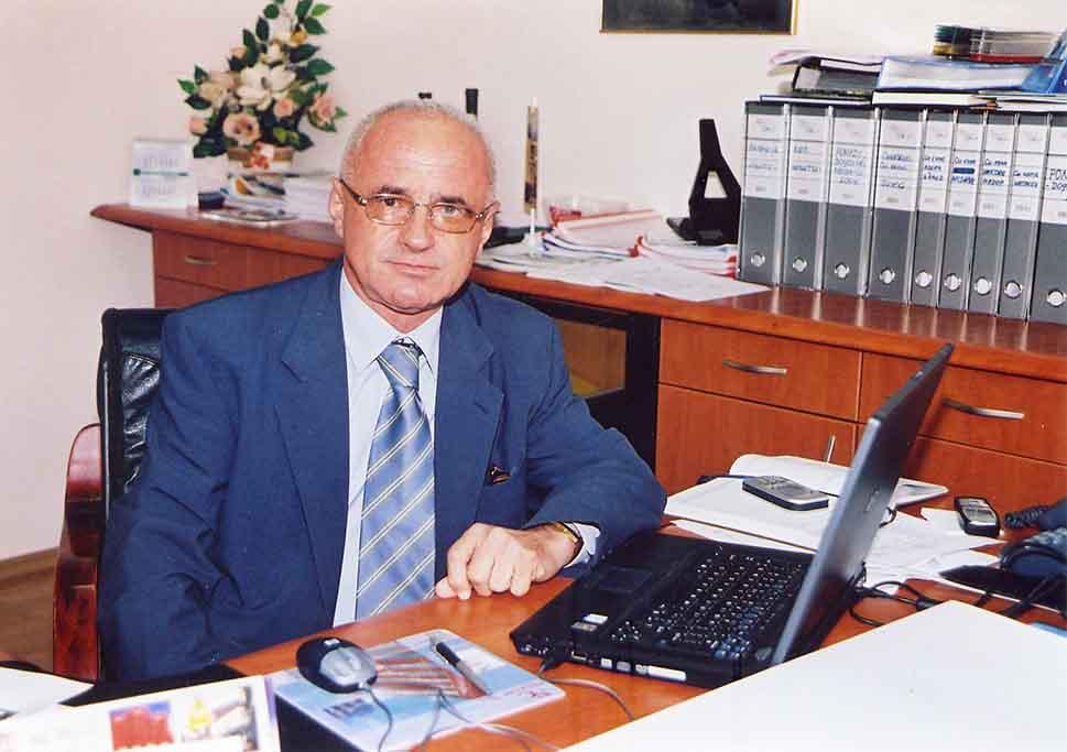 Управителот Николајчо Николов