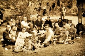 Шалеви ,шијакови и златкови за втори мај у сутлако