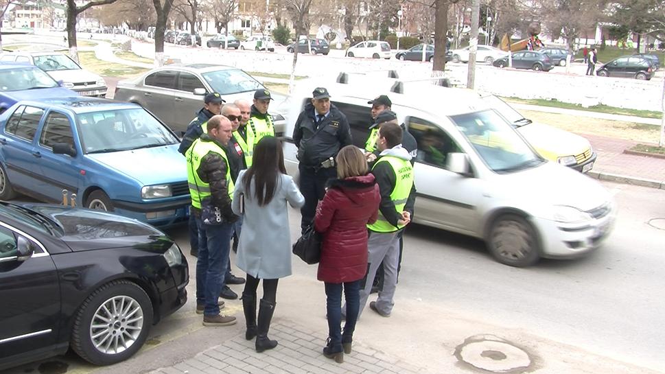 slika akcija 1 nepropisno parkirani vozila